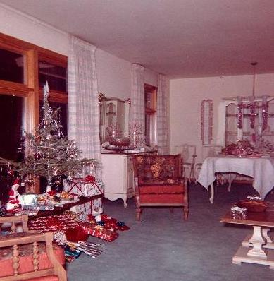 Christmas Time At The Home Of Jim And Mary Reeves